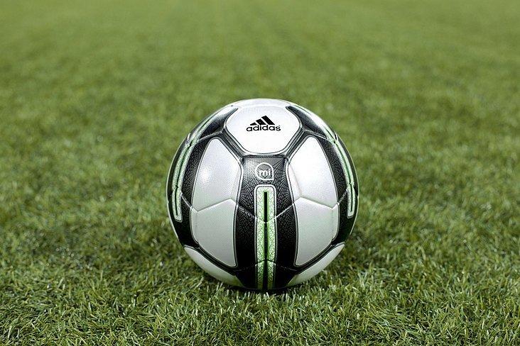 Упражнения с «умным» мячиком