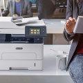 Xerox B215: беспроводной интеллектуал