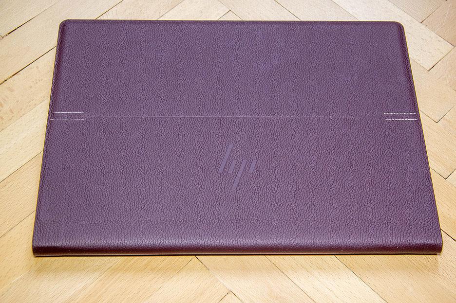 HP Spectre Folio13-ak0007ur: кожа, металл и стекло