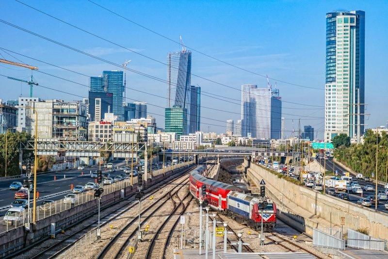 Поезд в Тель-Авиве