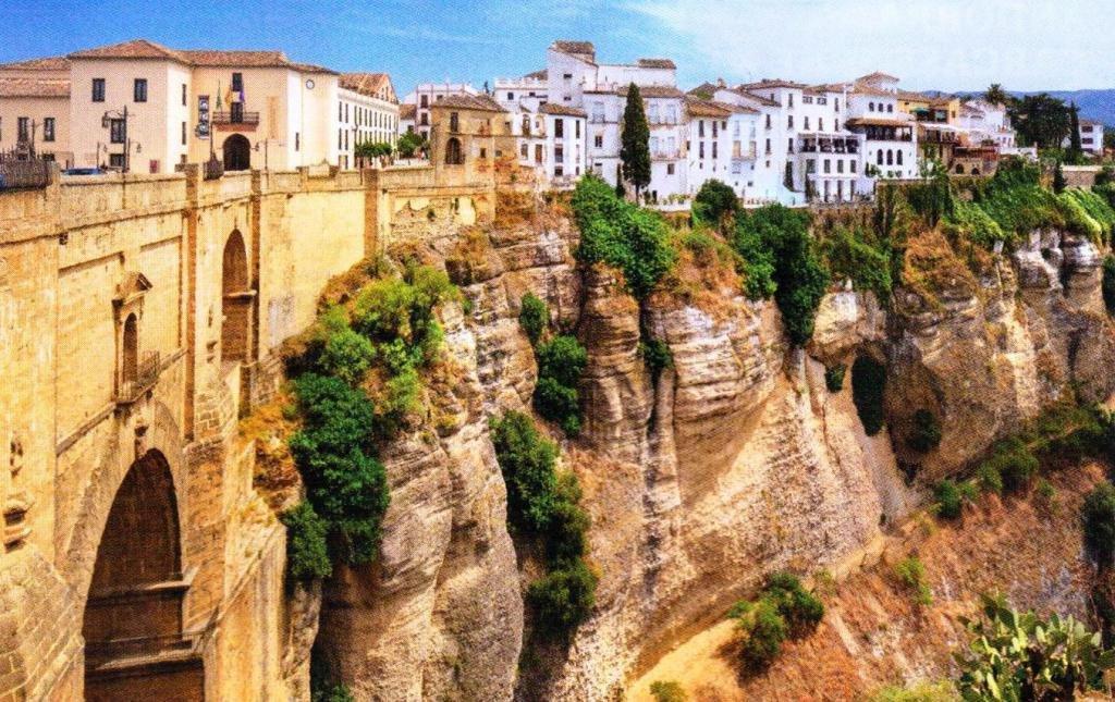 Испания или Италия: что лучше?