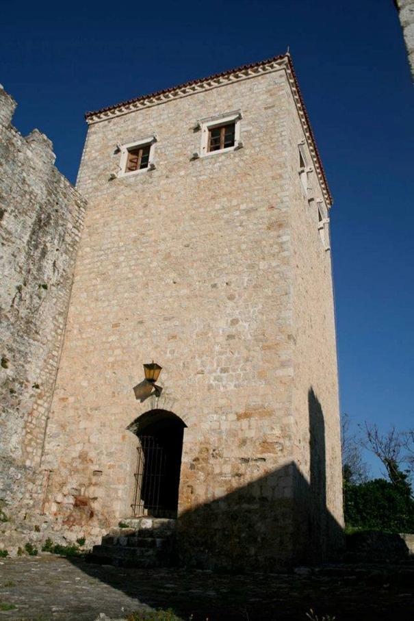 башня Балшича