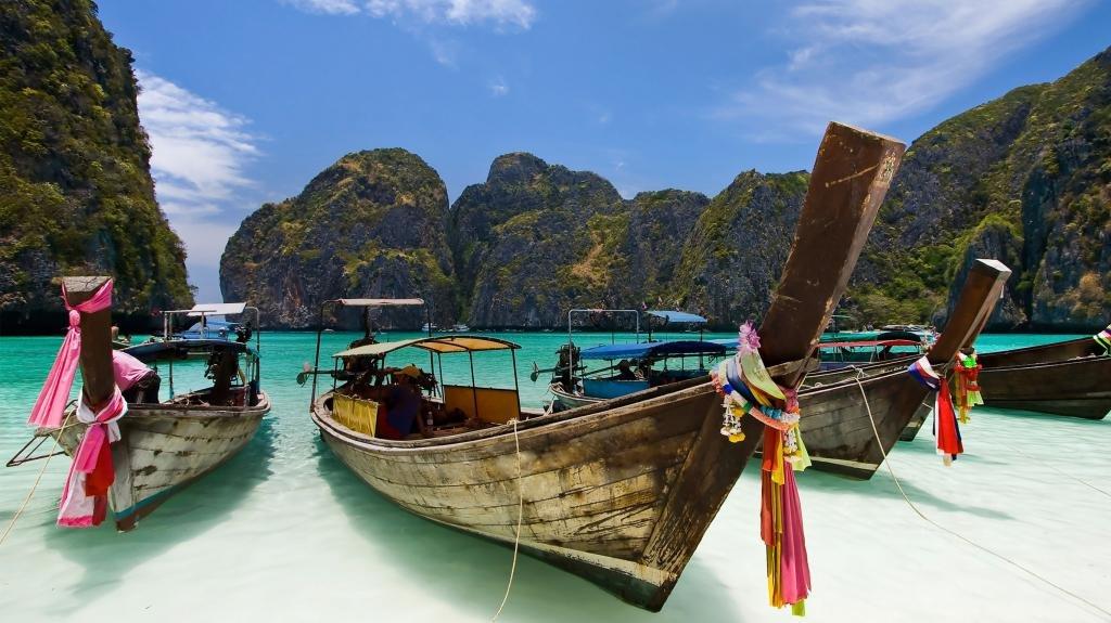 Тайские лодочки для прогулок