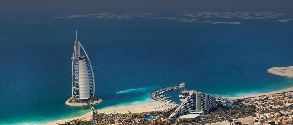 Дубайский отель в виде паруса