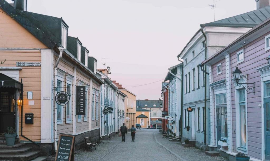 Узкие улицы Порвоо