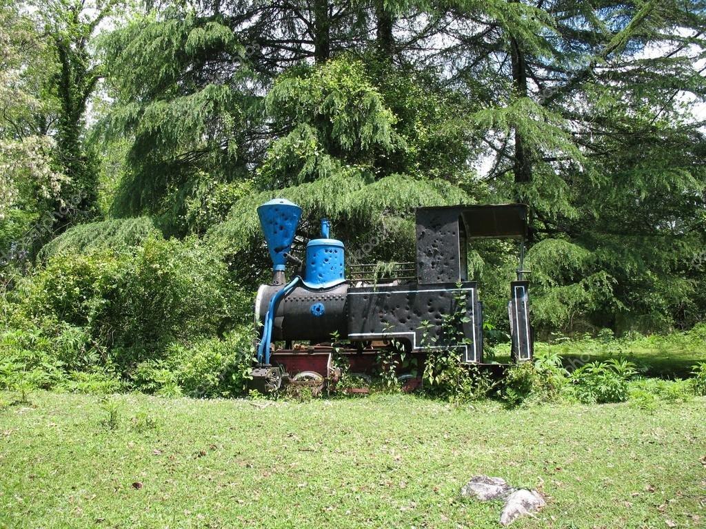 Старинный паровоз
