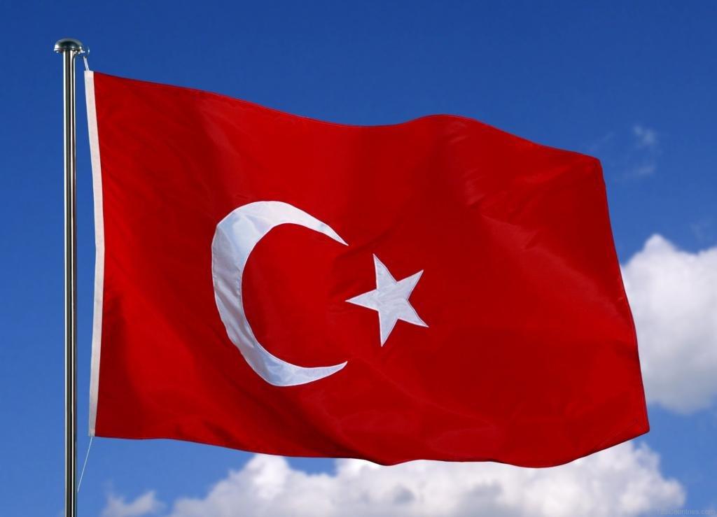 современный турецкий флаг