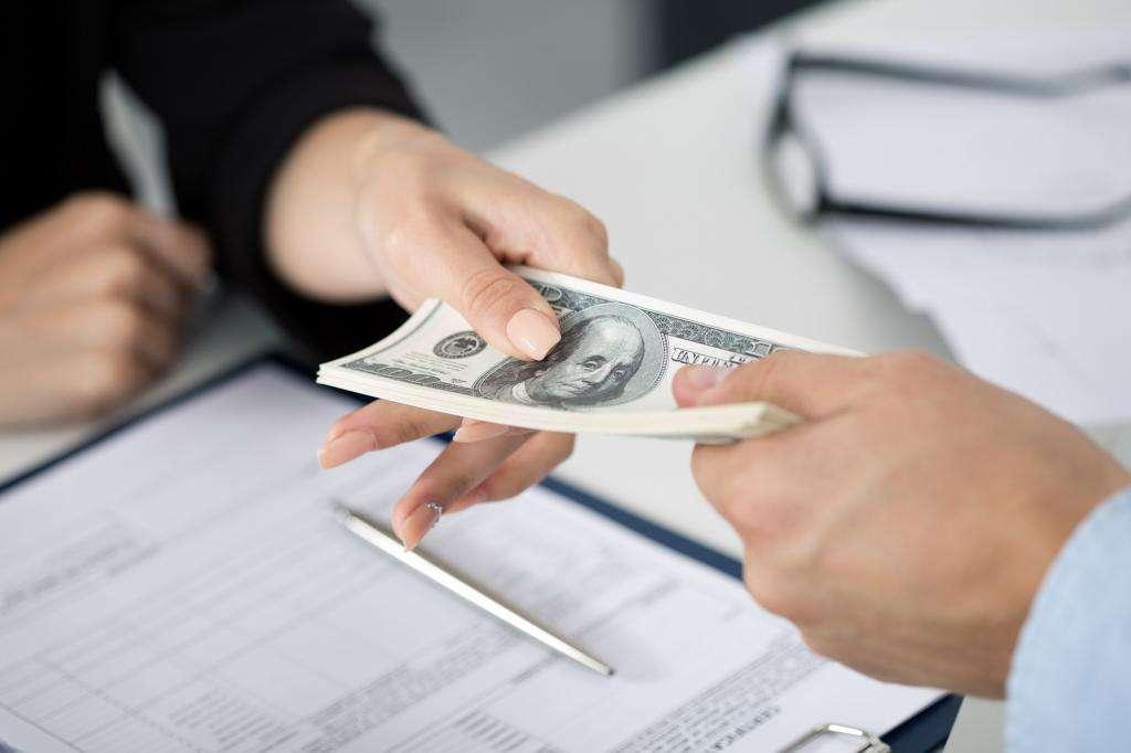 Чтобы взять кредит в банке какие проценты как получить кредит на 300 000 рублей