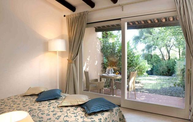 4 Forte Village Resort Bouganville
