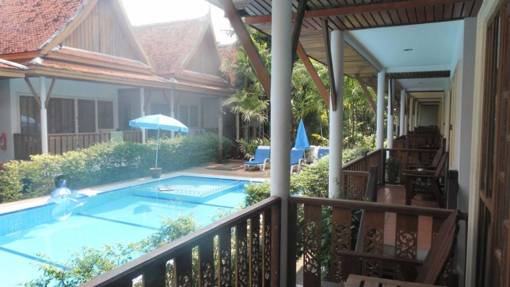 Bangtao Village Resort 3*
