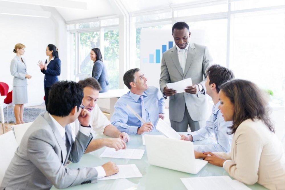 Профессиональный этикет: правила поведения и общения на работе