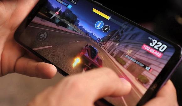Мобильные игры вытесняют консольные и компьютерные